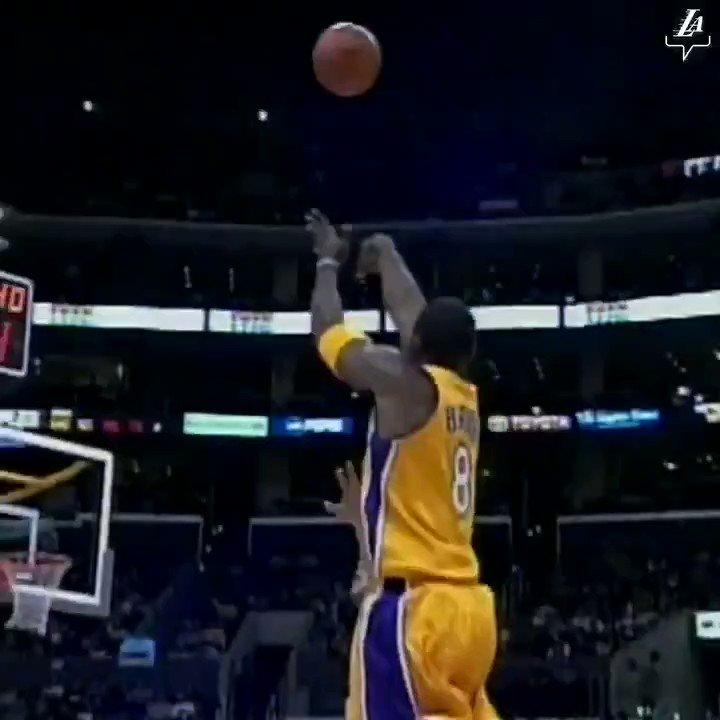 Greatness of Kobe Bryant 3-Point Shooting #KobeBryant pic.twitter.com/xKWvF8MW8Y