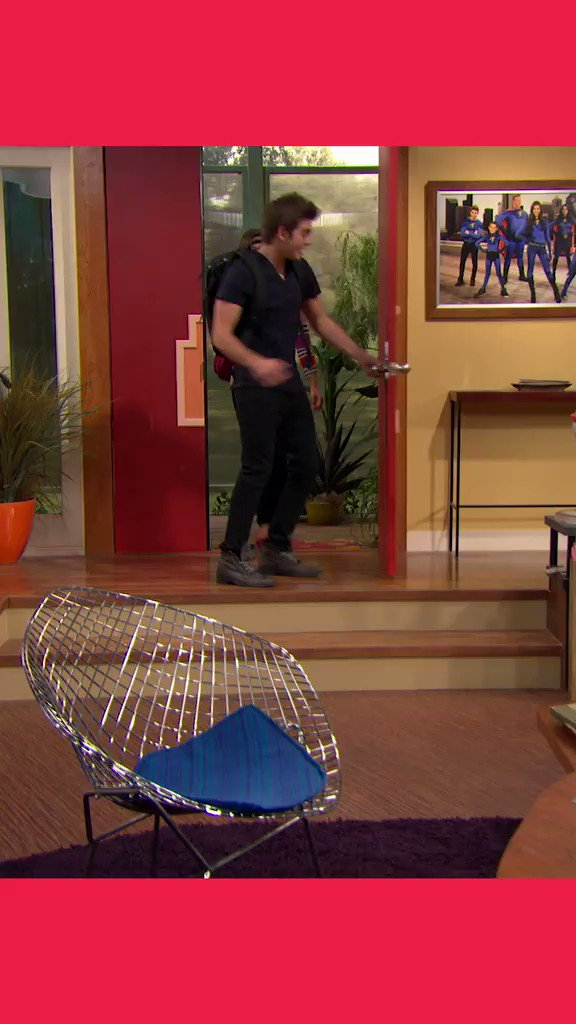 was report card day for you the worst or no sweat? #Thundermans