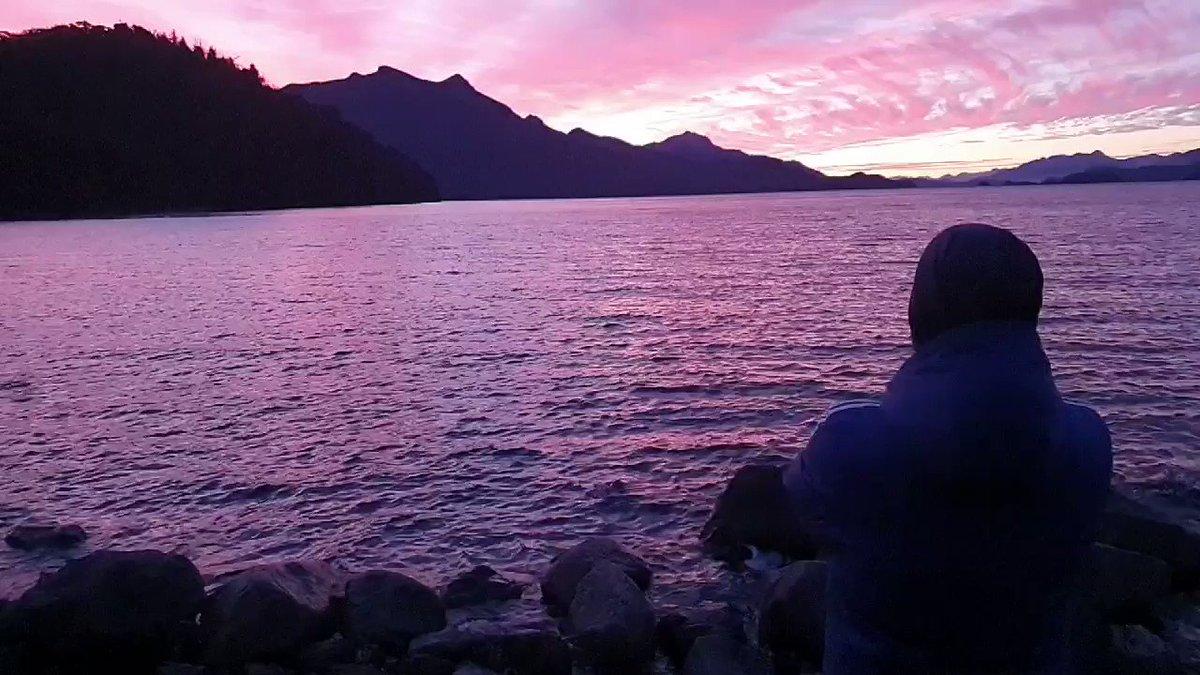 Another #beautiful day passes into #infinity.. Grateful..   #nahuelhuapi #Patagonia #Argentina @elartedevivir @artedeviver_br #heyyoupic.twitter.com/lUsFaP8Kwe – at Parque Nacional Nahuel Huapi