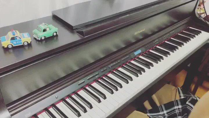 【夜に駆ける】弾いてみた!最近ピアノ界で話題のTikTokでよく聞く曲弾いてみたぁ〜正直なかなかむずかいこの曲笑#LAMUKApiano  #まらしぃ#TikTok #夜に駆ける #夜に駆けるピアノ #いいね待ってます