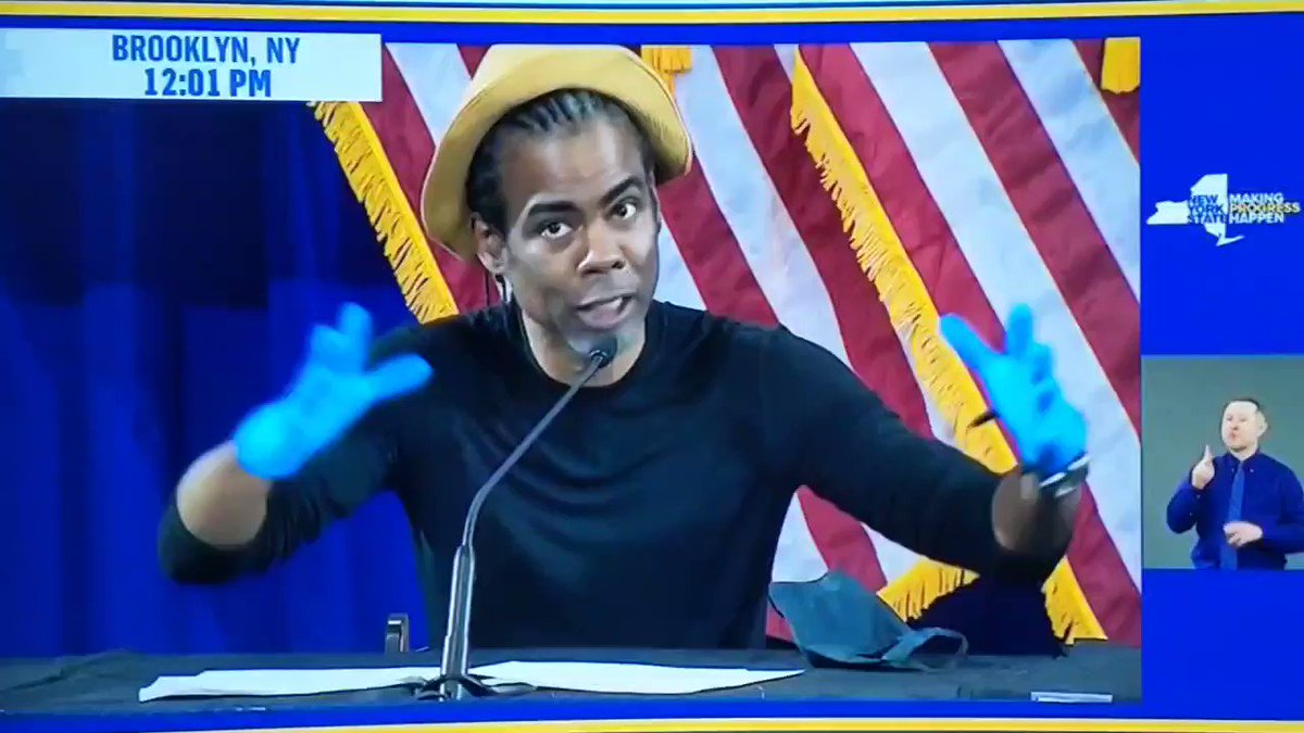 Chris Rock: I dont know whats going on, I thought I lived in the United States, I thought I lived in a country, and now I realize that we have 50 countries. Right now were in the country of New York.