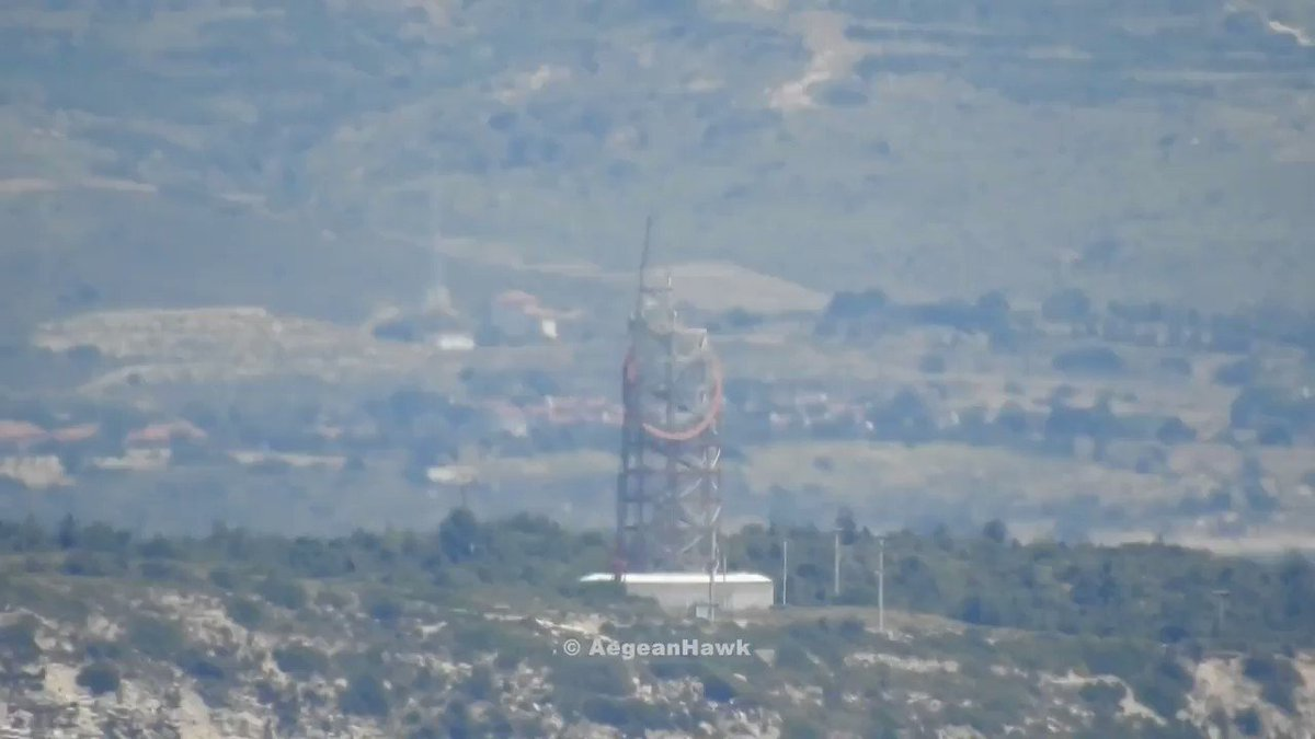 Repair works on #Turkish radar of VTS (Vessel Traffic Service) in #Chios Strait south of #Cesme port after three days out of order. pic.twitter.com/Hb0GPPpBE4
