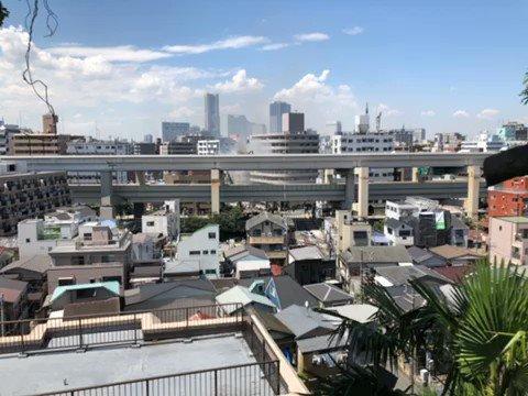 Big fire in #yokohama #横浜 #火事pic.twitter.com/i71rzFpAVf