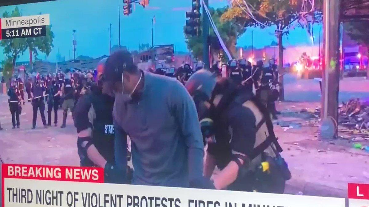 Did Minneapolis police arrest an innocent/peaceful black reporter on live TV? #cnn #GeorgeFloyd #arrest #minneapolis