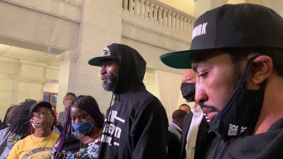 """""""To my white brothers, I love you. Every race here, I love you. But it comes to a point now where if you love me & you not standing on the side of me, then your love don't mean sh*t."""" - Stephen Jackson (@DaTrillStak5) Via @JonKrawczynski"""