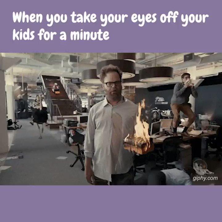 Utter and complete chaos.  #momtruth #momlifebelike #workingmoms #thisismotherhood #momsofinstagram #firsttimemom #teammotherly #scarymommy #momblogger #momtruthspic.twitter.com/ylcgGNnwSG