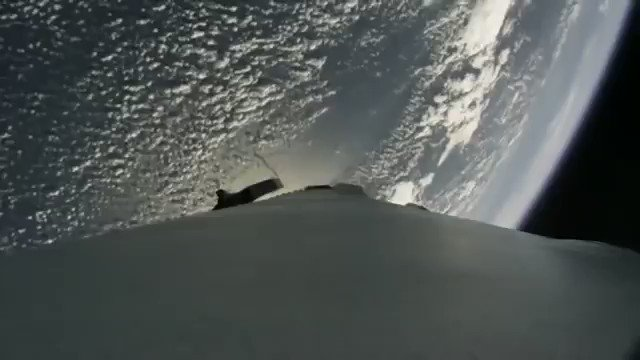 Amazing timelapse of a SpaceX Falcon 9 rocket booster returning to Earth from space after successfully launching the THAICOM-8 satellite.