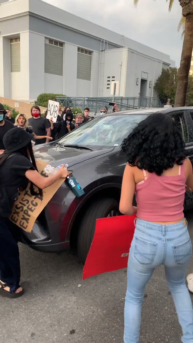 this fucking asshole hit two girls at the protest in front of the bakersfield police station. his license plate is 8BHJ691! i'm sharing on here in hopes someone will know what to do!