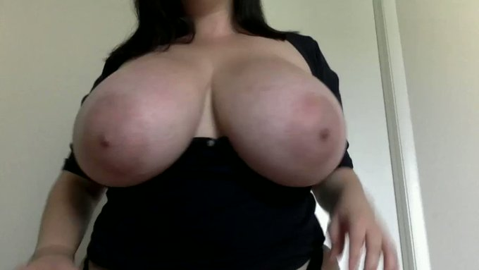 Thank you for buying! Happy Bday! Cum On My Tits! JOI https://t.co/ot1W3wwl8M #MVSales https://t.co/