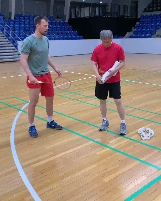 60 shuttle defence challenge  4 x 15 #badminton pic.twitter.com/gDzitqiOkN