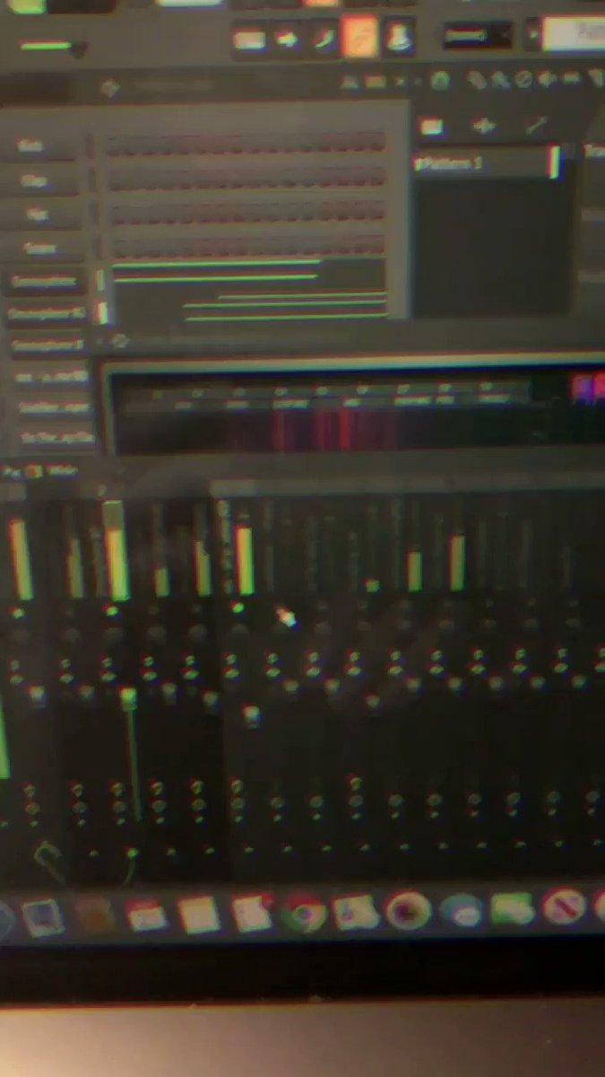Night lovell type beat  #Beats #remix #instrumental  ••••••••••••••••••••••••••••••••••••••• https://youtu.be/goz1ub0EIhopic.twitter.com/kGZN6C1cjJ