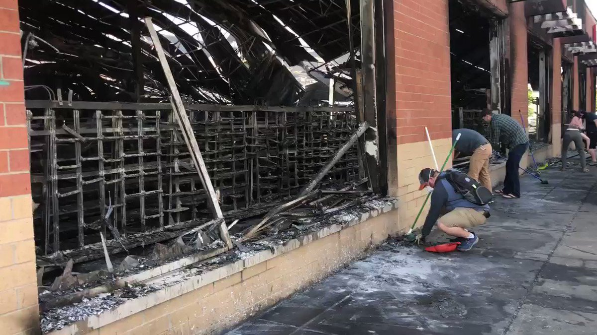 THIS. THIS. THIS.  This is the Minneapolis I want people to see.   ...Neighbors cleaning up the Walgreens on 32nd & E Lake that was burned by agitators over night.  Emotions are high here. Some crying as they clean up.  These are the helpers.  These are Minnesotans.  #wcco