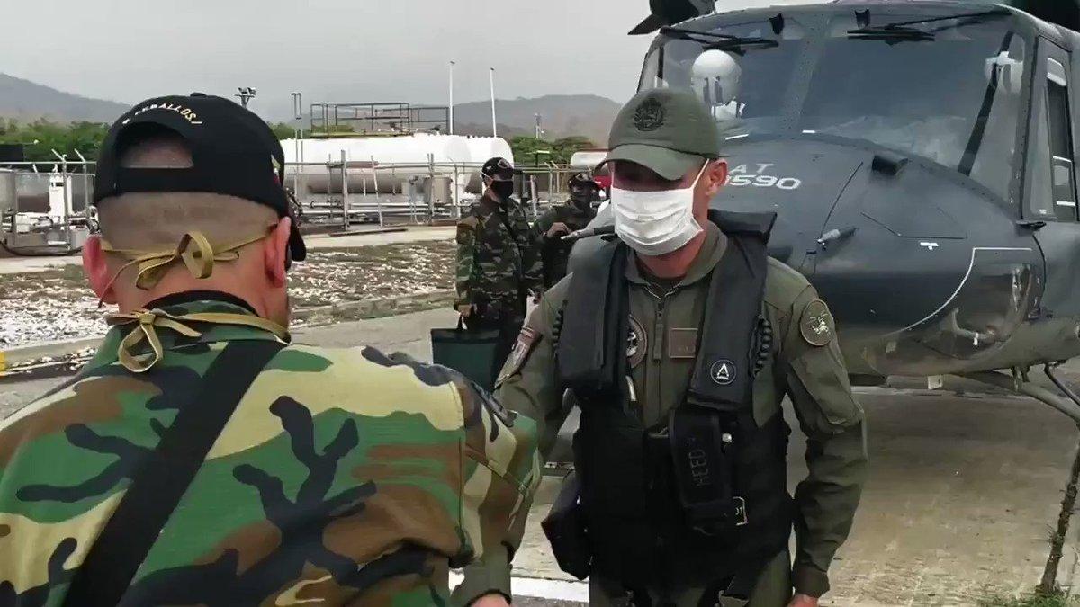 Cumpliendo con las ordenes de nuestro Comandante en jefe de las #FANB .@NicolasMaduro, el general .@vladimirpadrino da custodia a lo busques Iraníes llenos de dignidad y valor, gracias a las alianzas hechas por Chavez entre #Iran y #Venezuela .@dcabellor #UnionLuchaYCompromiso