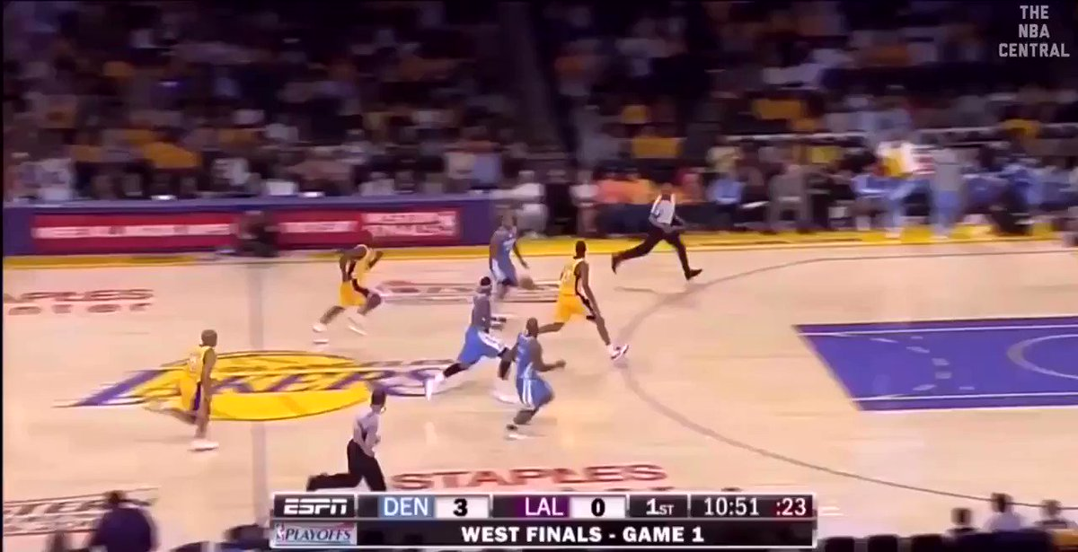 Melo and Kobe exchanging buckets in the 2009 WCF 🔥  Melo finished with 39-6-4 Kobe finished with 40-6-4 https://t.co/FxzLzRfYqn