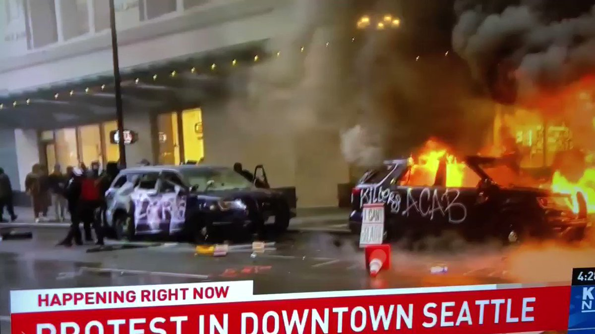 Seattle PD left riffles in the car?? WTF