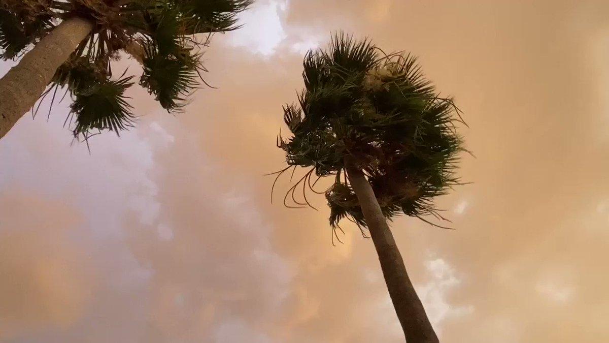 Storm's a comin'... #Mesa pic.twitter.com/NUXGnftvUT