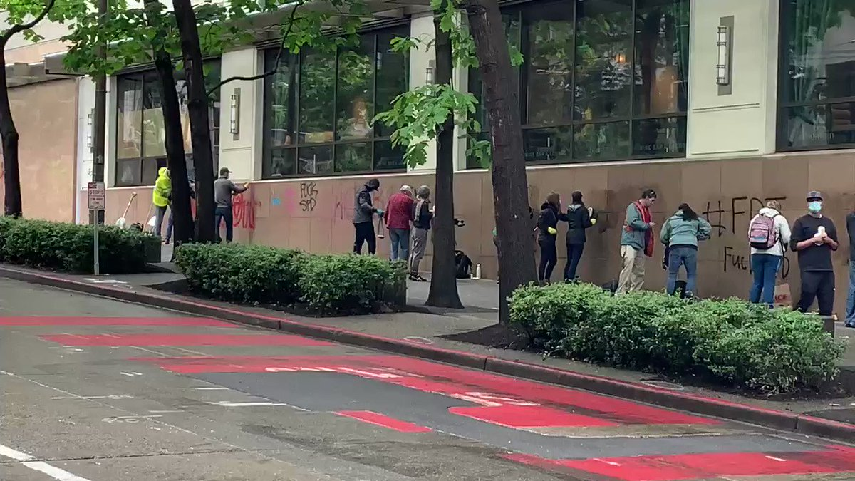 Folks are cleaning up and down Pike Street in downtown Seattle. https://t.co/Cx7yL1MQrS