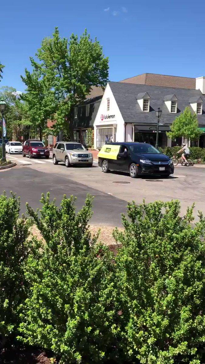 George Floyd & BLM now in Williamsburg VA #ICantBreathe #GeorgeFloydProtests #BLM