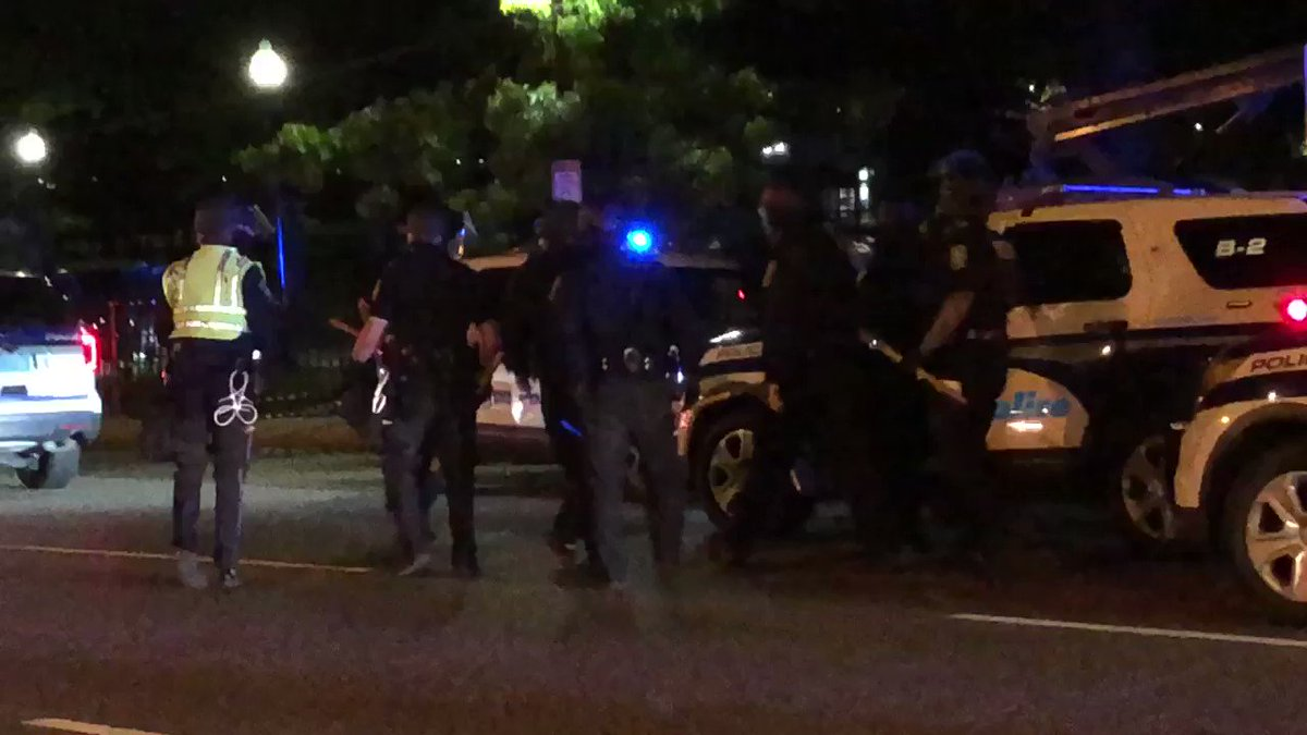 Police head into the common after protests turn violent. We saw a police vehicle forced to back down Beacon street. Protesters were throwing objects at the vehicle #wcvb
