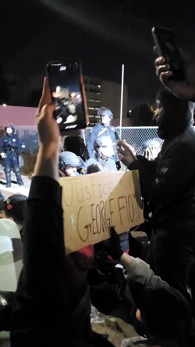 TAKE A KNEE  OMG THE whole line took a knee after superior gave the ok.   #Oakland #BlackLivesMatter #GeorgeFloydMurder