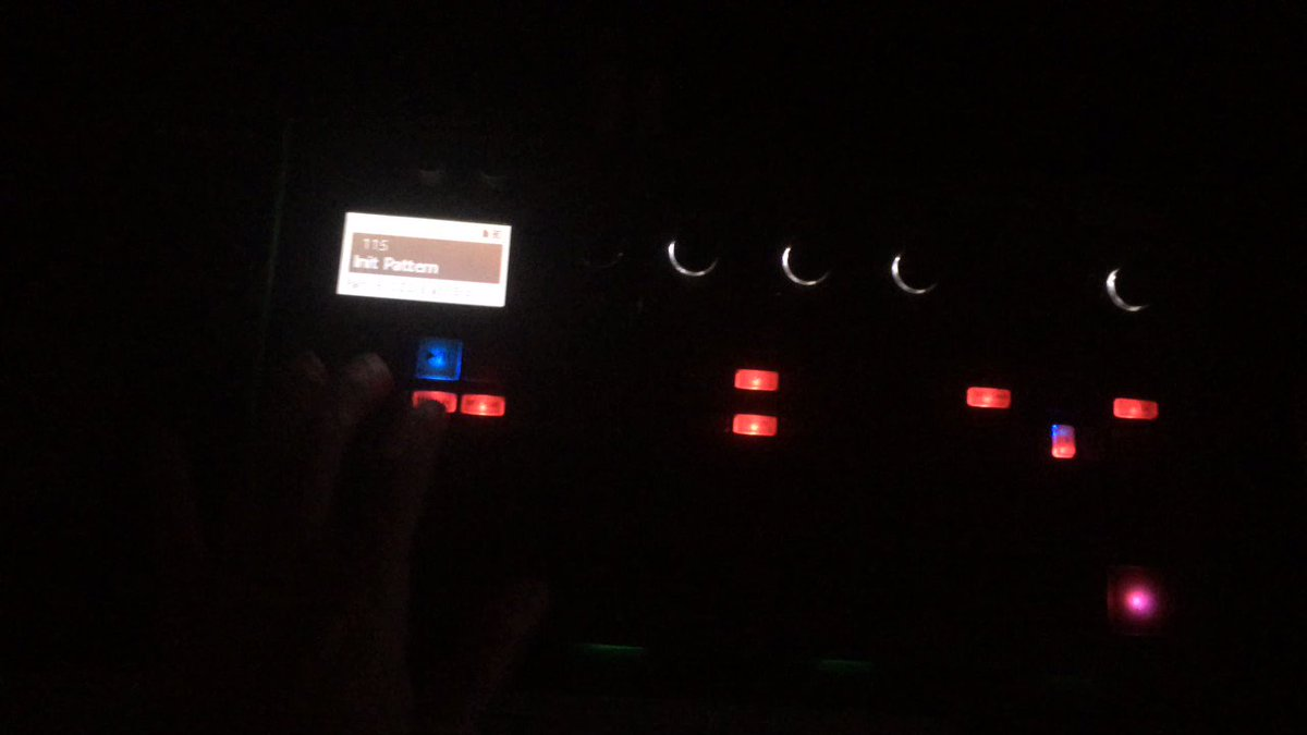 Love the Funkyness on this machine !  #funk #funky #house #housemusic #techno #electronic #jam #live #nudisco #korg #technohouse #tech #deephouse #deeppic.twitter.com/v9CVCxDXv9