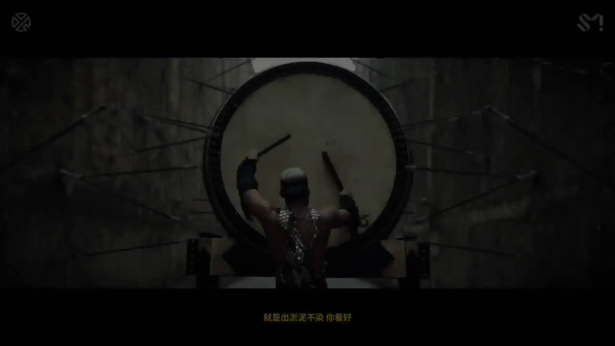 Fusing Chinese traditional music & Western pop, @layzhang is bringing LIT(莲) to a whole new world level with a cinematic music video🔥 STREAM IT: 📺 bit.ly/L-LITmv 🎵 lnk.to/LAY-LIT 💿 lnk.to/L-LITep #LAY #LayZhang #张艺兴 #LIT_LayZhang #莲
