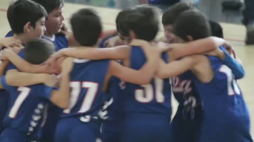 Image for the Tweet beginning: Gracias equipo!Bonito recuerdo. un abrazo