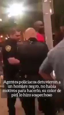 Image for the Tweet beginning: 😮 Policías de #EstadosUnidos detuvieron