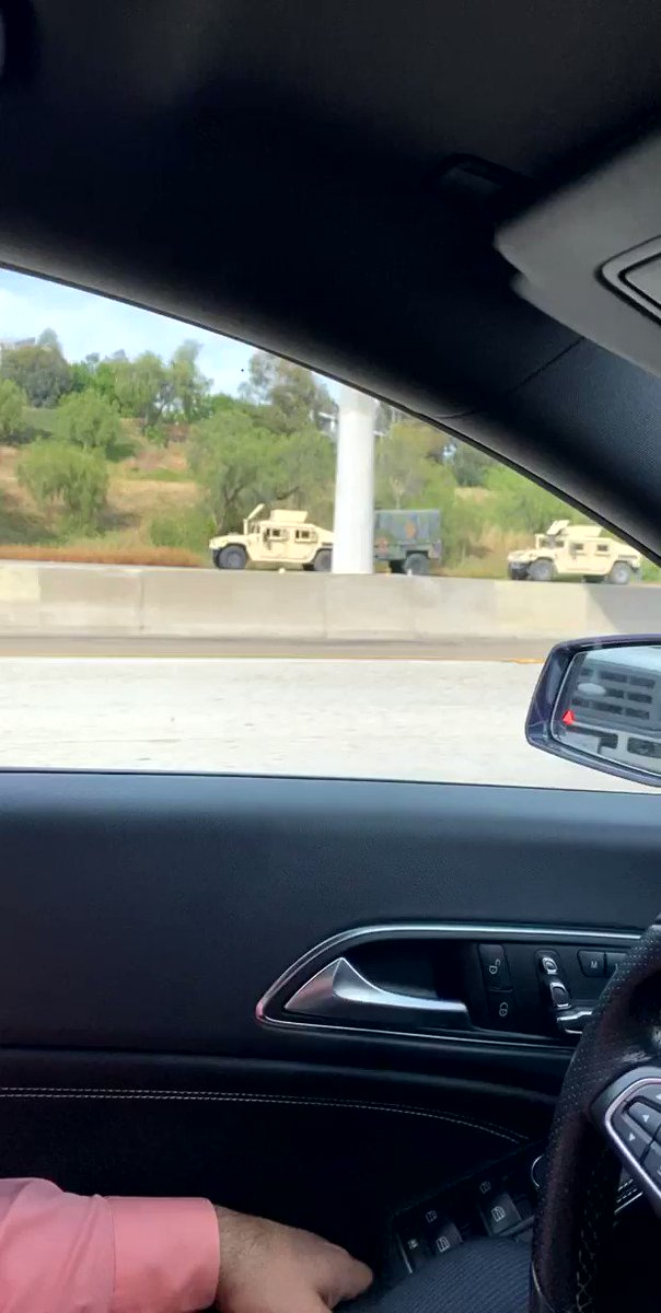 That's the fucking military lined up in San Diego. They're coming against PROTESTING for JUSTICE. They stayed home when the WHITE SUPREMACIST were RIOTING. This is MARTIAL LAW it's UNCONSTITUTIONAL. #fucktrump #SanDiego #BlackLivesMatter pic.twitter.com/OnC1rc7mJ0