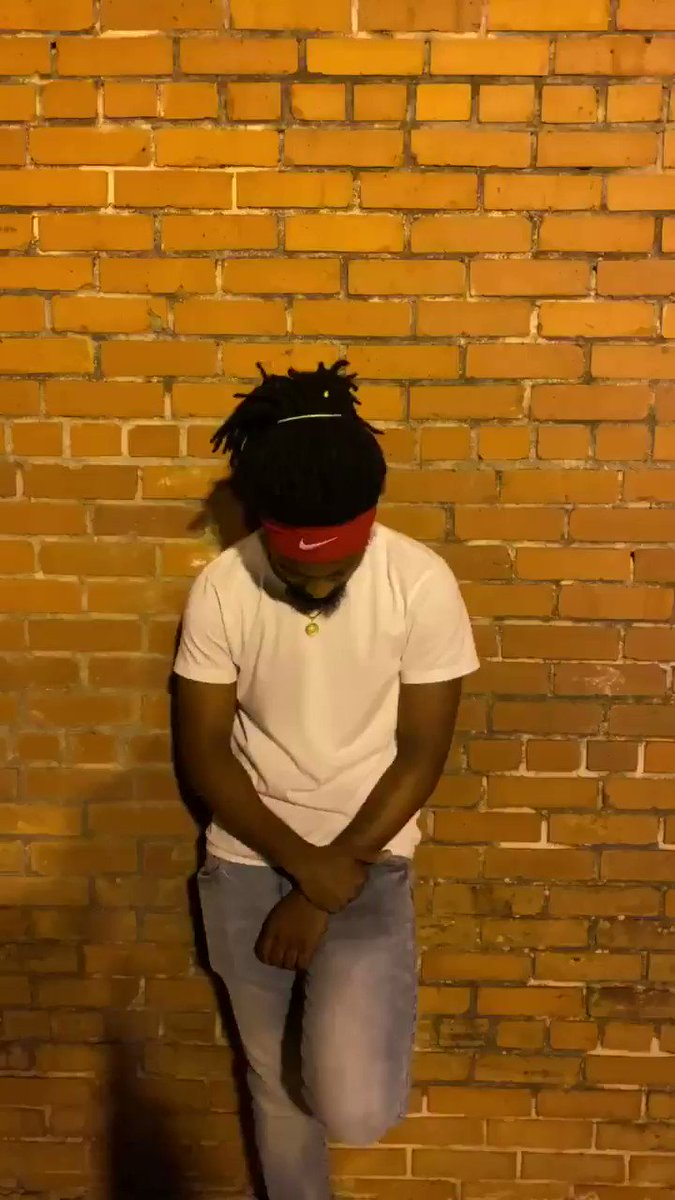 """I know you're racist"" Music Monday Moe Monday art is a reflection of its time  If you like it Love it If you Love it Share it . . . . . . . . . #MusicMonday #MoeMonday #BLM #GeorgeFloyd #blacklivesmatter #hiphop #rap #Camilla #poetic #Love #Ftrump #Famerikkka #Fthepolicepic.twitter.com/8YwlMl5fJz"