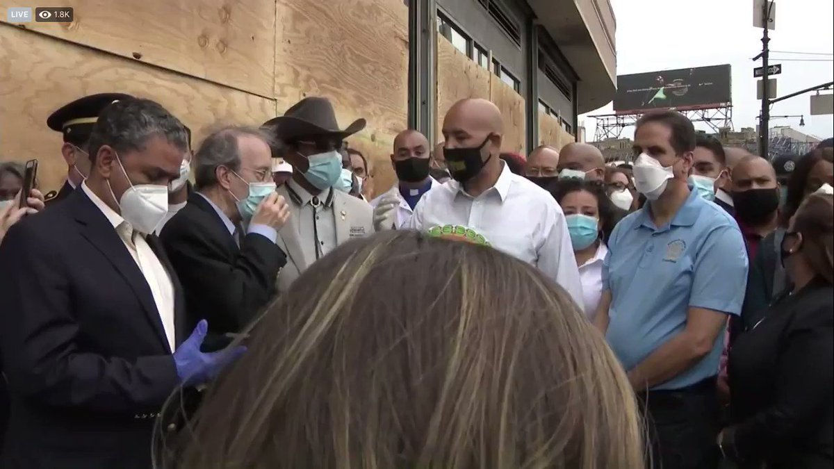 """!!! @RepEliotEngel heard on hot mic asking @rubendiazjr for a turn to speak, says twice, """"If I didn't have a primary, I wouldn't care.""""  Diaz responds, """"Don't do that to me.""""  (h/t @News12BX livestream)"""