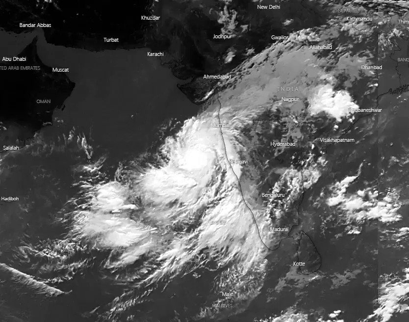 Image for the Tweet beginning: Cyclone #Nisarga is very likely