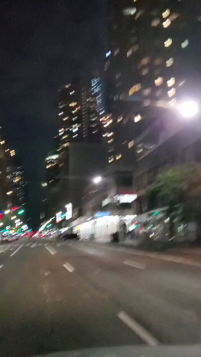 #NYC is eerily quiet. This is 8th Ave in the 40's. All entrances going into #TimesSquare are guarded by cops and barricades. pic.twitter.com/19DWLc7lLF
