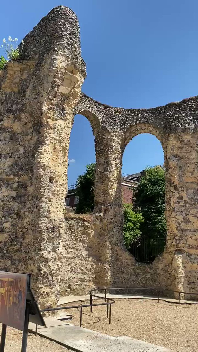 Part of the ruins of Reading Abbey - founded in 1121, the year after the White Ship catastrophe, by Henry I. Henry was buried here, in a building that cost the equivalent of £0.5 billion. It was confiscated by Henry VIII, then blown up by Charles I in the Civil War. #thewhiteship