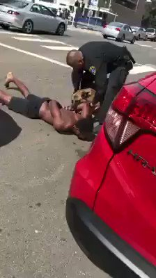 i'm once again asking you to spread this the media won't show what's really happening out there , this is police brutality this is why all cops are bastards  #BlackLivesMattter #BlackLivesMatter