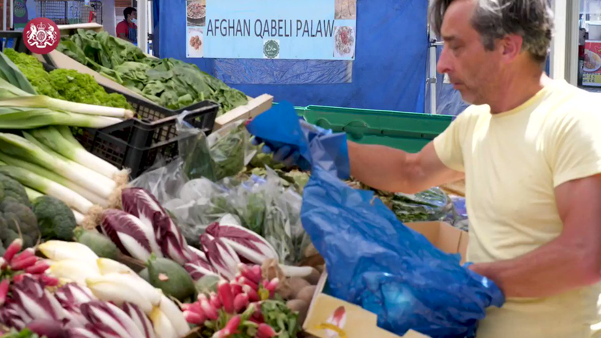 As traders returned to work, the Chancellor @RishiSunak visited Tachbrook Market in Pimlico to mark a major milestone in the plan to kickstart the economy. gov.uk/government/new…