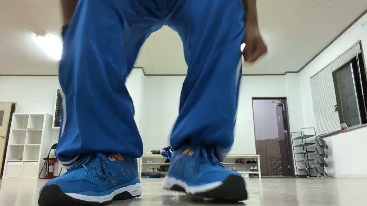 Image for the Tweet beginning: ハンジローとトラックの繋ぎ動画です。 左右やってるので参考でもしてください。😄  #dance #streetdance #breakdance #ダンス #bboy