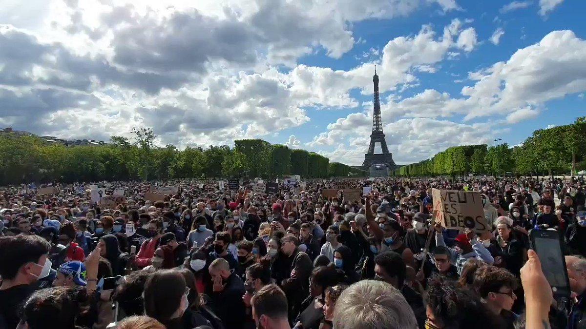 Protest against #PoliceViolence in #Paris #France #BlackLivesMatter #AdamaTraore #GeorgeFloyd