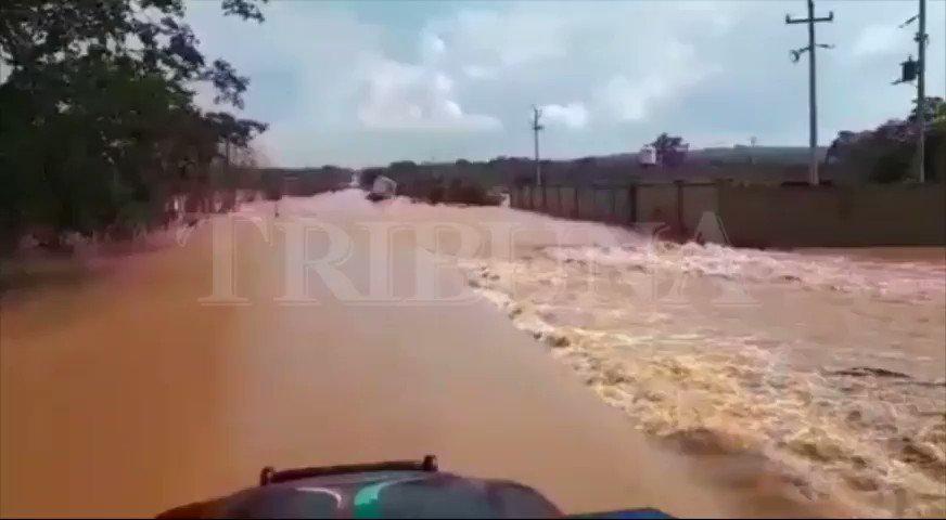 🔴 La ayuda a los refugios no llega, los caminos en #Campeche están intransitables. #Lluvias #Cristobal