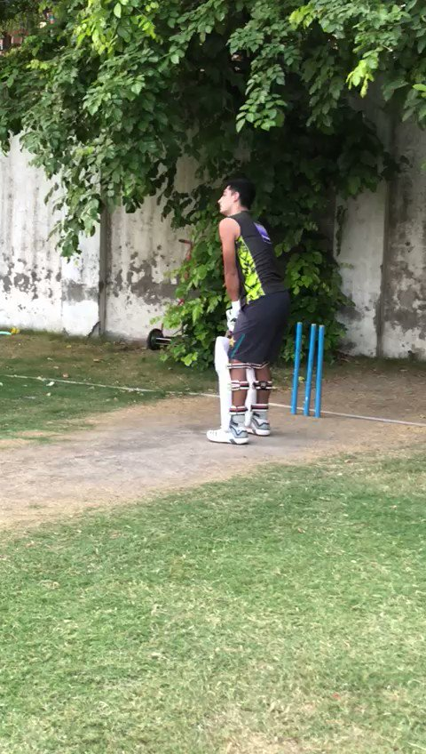 💪 Training resumes!! The speedster seems to be aiming batting roles 😎  🎥: @iNaseemShah   #PurpleForce #WeTheGladiators https://t.co/QUSbpUyyww