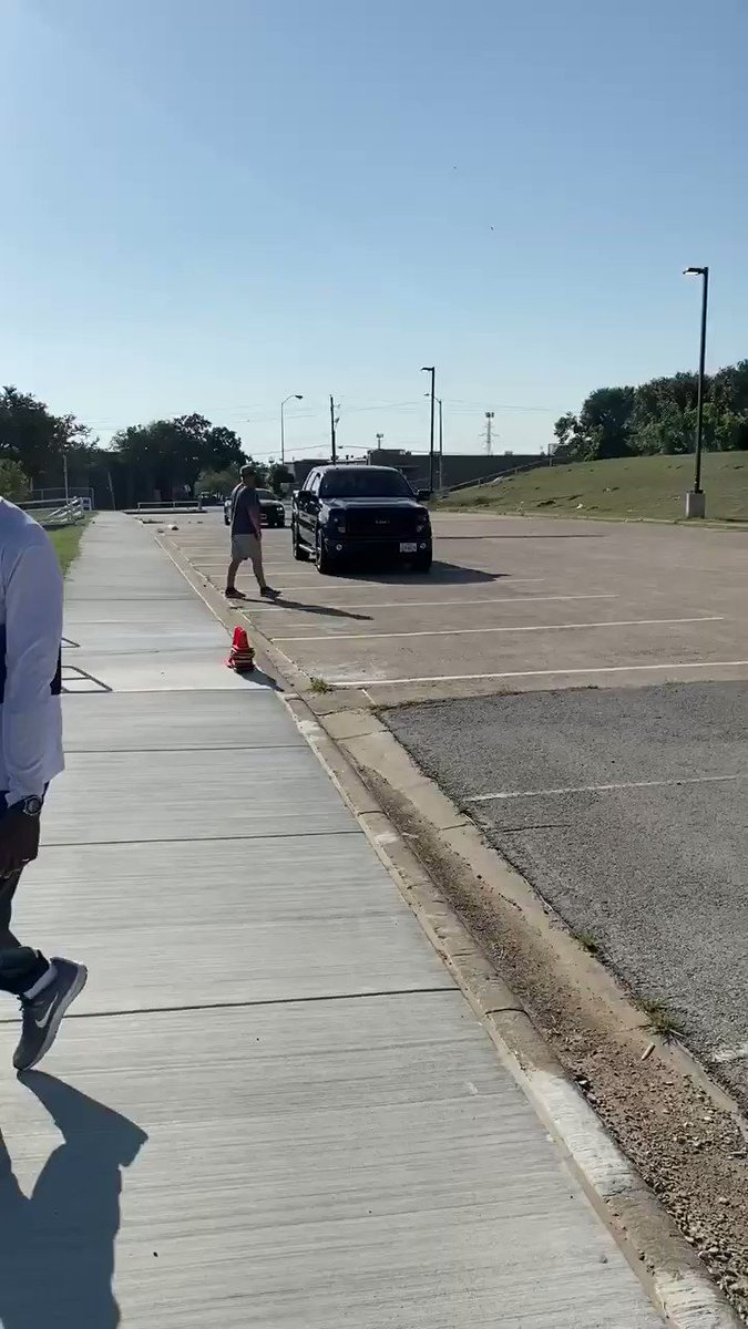@SouthwestFWISD trains their coaching staff for student-athlete drop off!!! Great job Coach Franklin & Coach Lee!!!