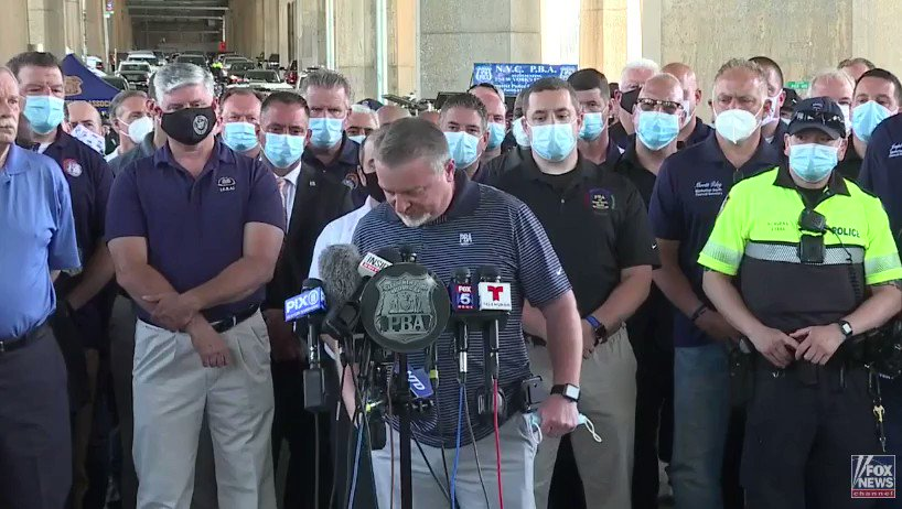 """WATCH 🚨 New York police boss Mike O'Meara went off on the media today:  """"Stop treating us like animals and thugs and start treating us with some respect ... Our legislators abandoned us. The press is vilifying us. It's disgusting."""" https://t.co/CXOPARKff7"""