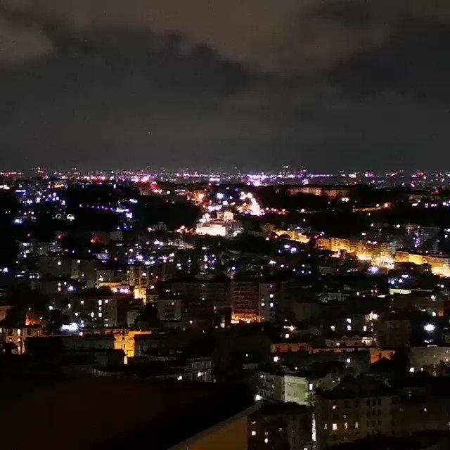 #يحدث_الآن نابولي المدينة تحتفل بفريقها البطل https://t.co/Uceg2Ayeej