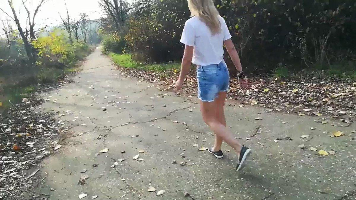 Model - KinkyNaughtyCpl heels