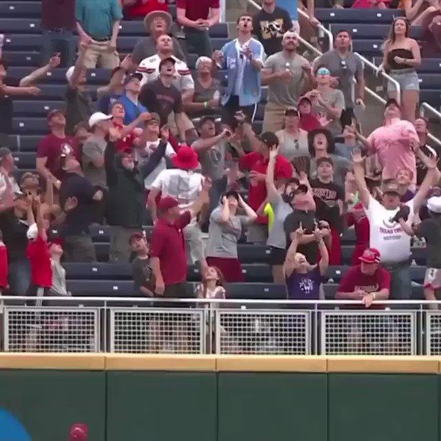 How it feels havin' baseball back. Merica.