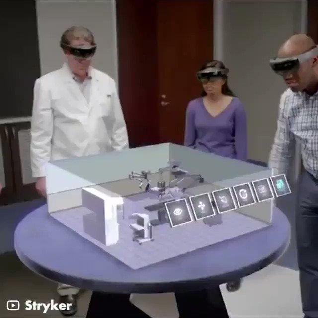 استخدام الواقع المعزز الجماعي لتصميم غرف المستشفيات.