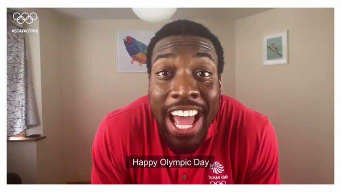 ??Ma?ana estaremos celebrando #OlympicDay ! ?Estás listo para entrenar con atletas de clase...