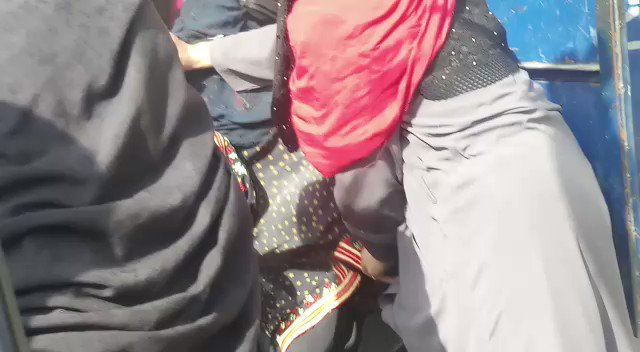 Police have arrested over two dozen students in Quetta a few hours ago after they attempted to reach Chief Minister house to hold a protest demanding acess to internet to continue their studies. https://t.co/ddUWbLMYqI