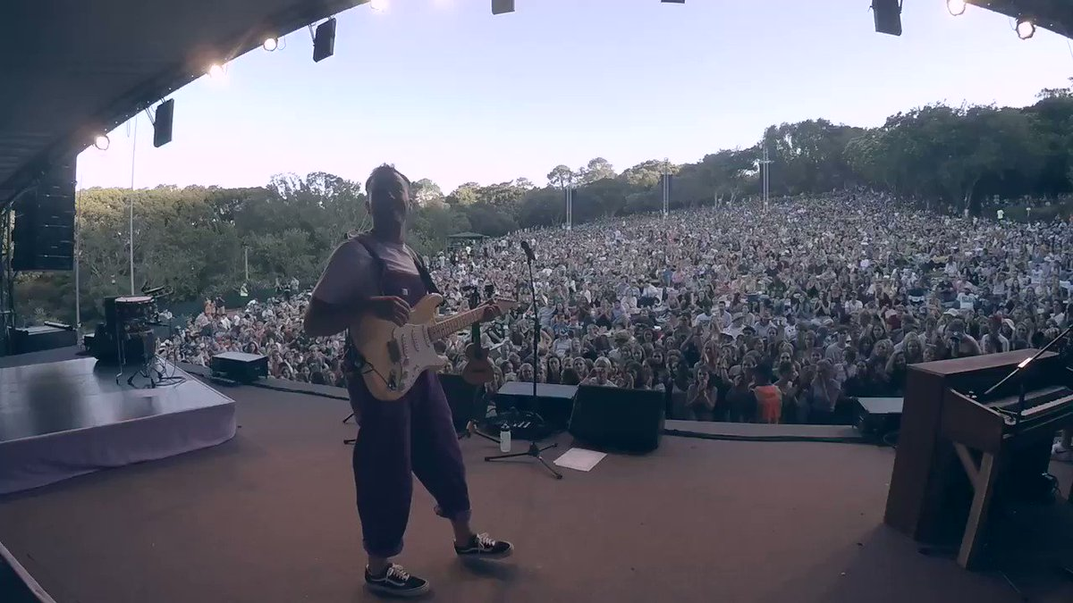 LET ME live at kirstenbosch is out now at all of the places on the internet that play music. This is from my upcoming live album, GHOST LIVE 💜 the video will be out in a few hours, 18:00 (GMT+2) matthewmole.lnk.to/MatthewMole