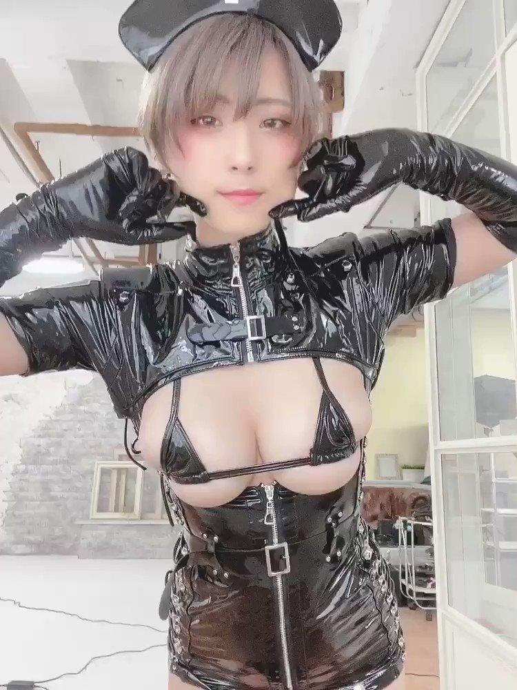 コスプレイヤーつんこ 自撮りエロ動画
